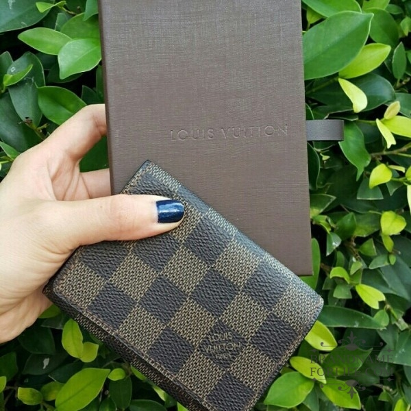 Authentic pre loved louis vuitton damier business card holder product description reheart Image collections