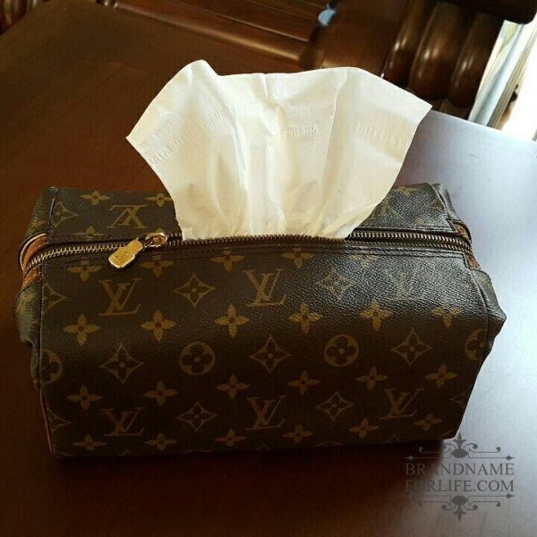 7da3cde5d8e Authentic Pre-loved Vintage Louis Vuitton Monogram Toiletry Pouch ...